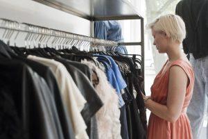 muốn kinh doanh hàng thời trang tốt cần phải chọn đúng mặt hàng