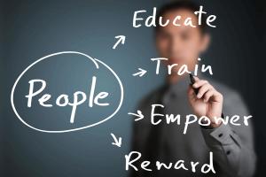 bí quyết quản lý nhân viên bán hàng hiệu quả