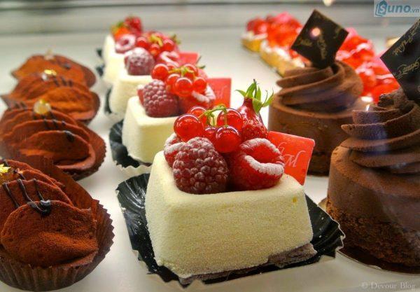 Cửa hàng bánh ngọt là một ngành kinh doanh rất phổ biến và đem lại lợi nhuận ngay từ những ngày đầu kinh doanh.