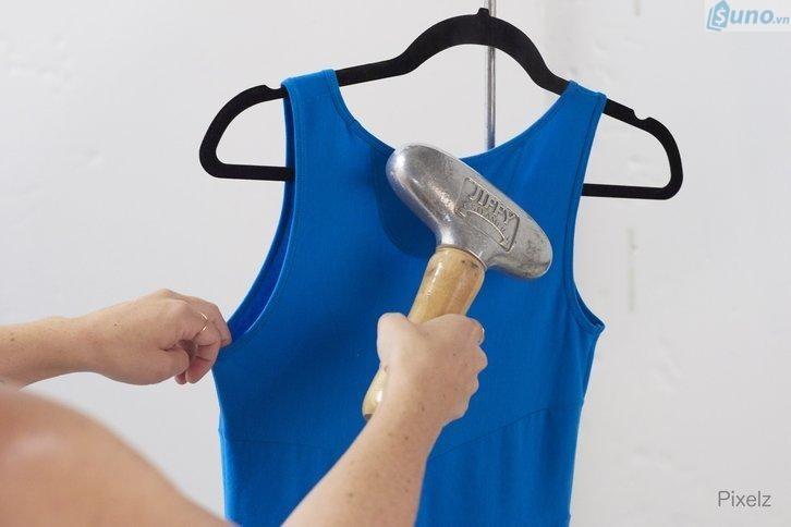 chuẩn bị để chụp ảnh sản phẩm đẹp cho shop quần áo
