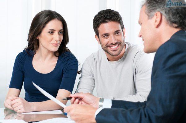 lắng nghe khách hàng- một trong những ký năng bán hàng quan trọng