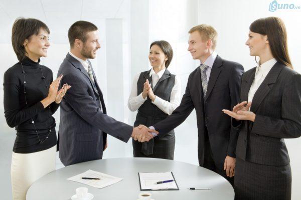 Xây dựng lòng tin để thúc đẩy mối quan hệ với khách hàng