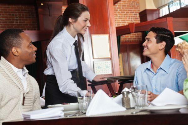 Xây dựng mối quan hệ tốt với khách hàng