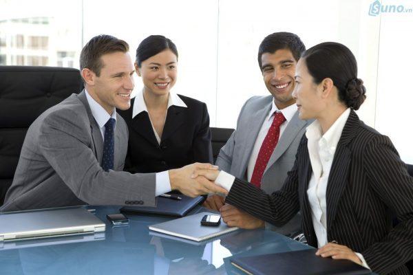 Thấu hiểu tâm lý khách hàng để đưa ra những lời giới thiệu bán hàng hay nhất