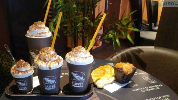 Bình xịt kem là dụng cụ không thể thiếu trong các cafe take away