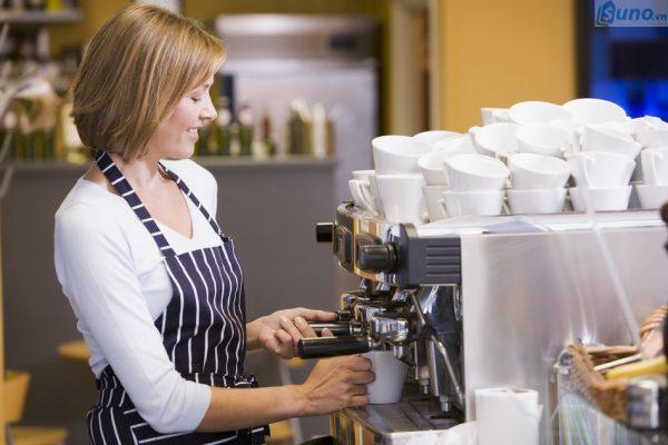 Khi mở quán cafe bạn phải có sự chuẩn bị chu đáo từ trước vì có rất nhiều dụng cụ, thiết bị cần mua