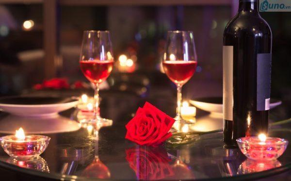 Tìm kiếm cơ hội bán hàng và cơ hội hợp tác trong ngày lễ tình nhân