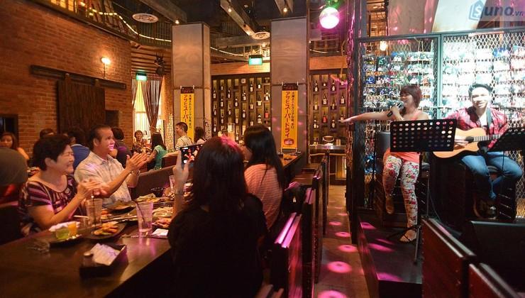 nhạc trong nhà hàng, quán ăn