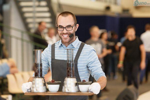 Khi mở quán cà phê: Hãy cân nhắc, tính toán cẩn thận những thiết bị, dụng cụ thật sự cần thiết