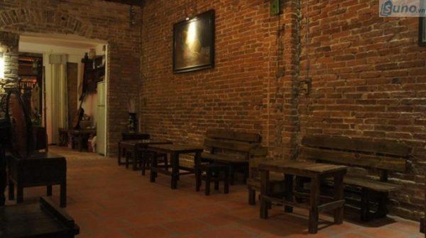 Trang trí quán trà sữa theo phong cách cổ điển