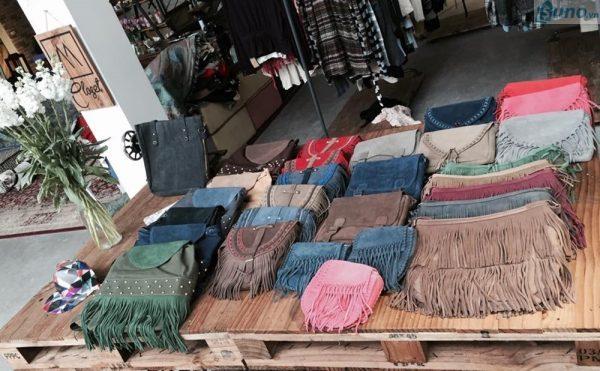 Kinh doanh quần áo cũ, phụ kiện