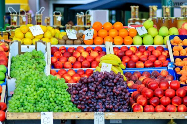 Cách bán trái cây đắt khách