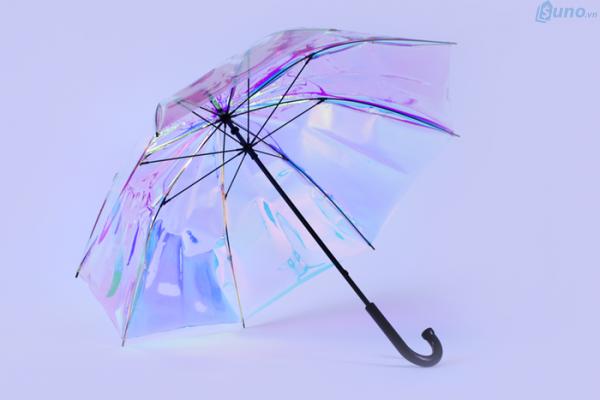 Kinh doanh ô thời trang mùa mưa