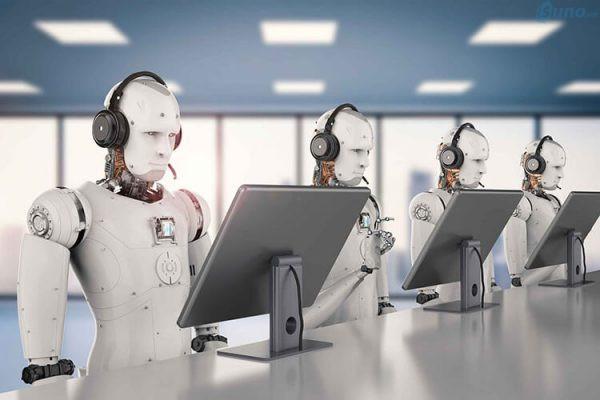 Ưu điểm của chăm sóc khách hàng bằng trí tuệ nhân tạo (robot AI) là xử lý được một khối lượng lớn khách hàng cùng lúc và 24/7