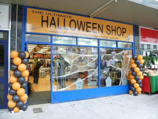 Kinh doanh gì mùa Halloween?