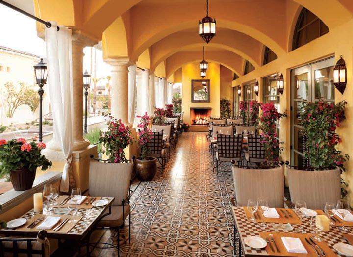 Một trong những bí quyết để quản lý vận hành nhà hàng hiệu quả chính là phải tạo ra được nét độc đáo cho nhà hàng