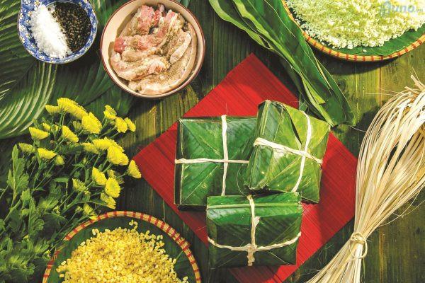 Bánh chưng, bánh tét,...là món ăn truyền thống bắt buộc phải có mặt ngày Tết nên bán loại hàng này thì đảm bảo luôn có khách mua