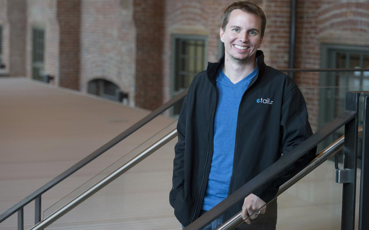 Josh Neblett - Đồng sáng lập và CEO của Etailz đã đưa ra các lời khuyên giúp doanh nghiệp bảo vệ thương hiệu khi tham gia bán hàng trên sàn Thương mại Điện tử