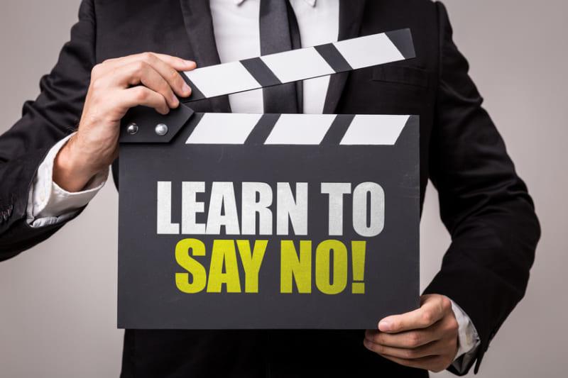 Làm cách nào để nói lời từ chối khách hàng mà vẫn không gây mất lòng?